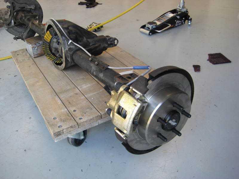 Dana 44 rear disc conversion 5 lug, drum type parking e