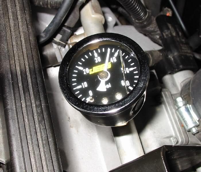 5a498fd18f58a_FuelPressureGauge.jpg.1b30a565e3766b0b9943630e58be6ae8.jpg