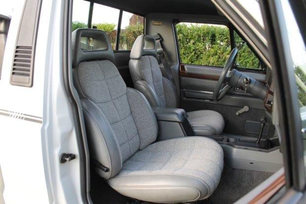 1991_jeep_comanche_156804329908495d565e1991-Jeep-Comanche-Pioneer-LegendCarCompany_7784-620x413.jpg
