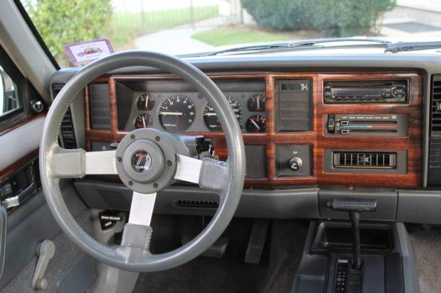 1991_jeep_comanche_1568043329cfcd21991-Jeep-Comanche-Pioneer-LegendCarCompany_7779-620x413.jpg