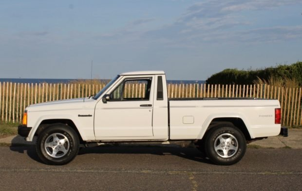 1991_jeep_comanche_156900940907b6f1991-Jeep-Comanche-Pioneer-LegendCarCompany_7760-620x393.jpeg