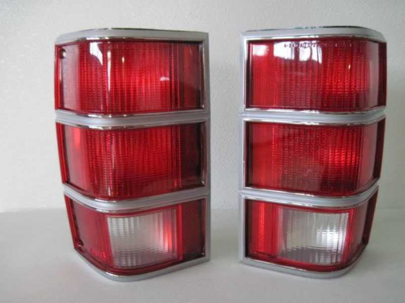 taillights.jpg