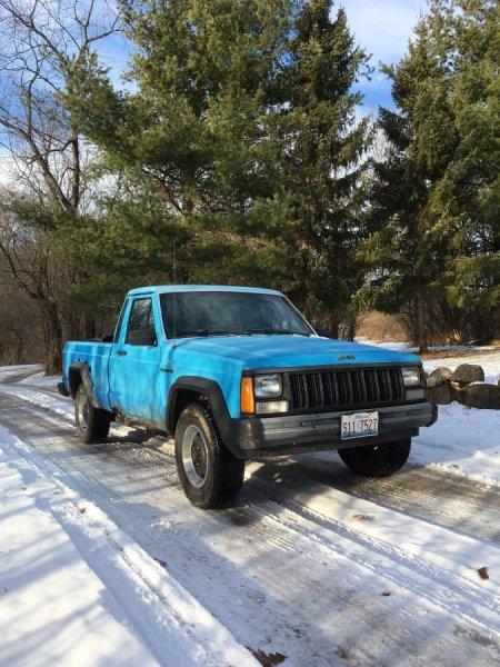 Rockford IL $ 600 Comanche with Roll Bar - Craigslist/eBay ...