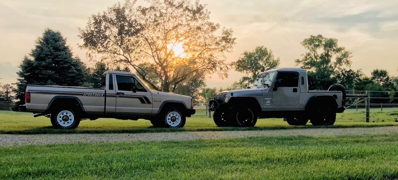 both jeeps.jpg