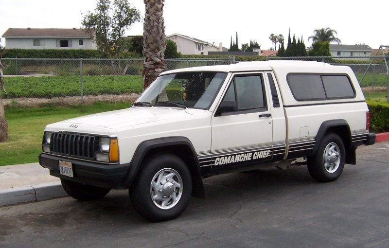 Jeep_Comanche_Chief.jpg